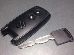 スズキ車で多くみられる鍵の形状