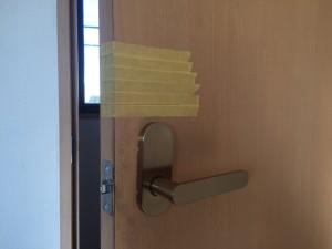 鍵の新規取付作業:会議室